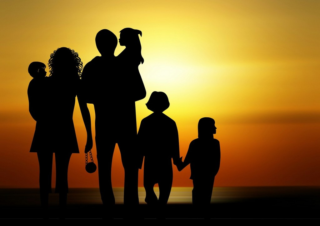 family-730320_1280